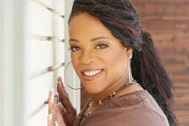 evelyn-champagne-king