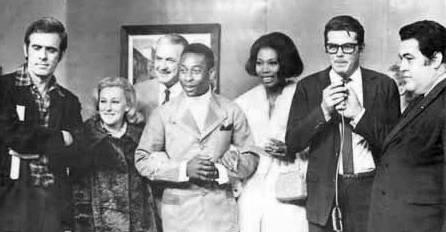 Com Pelé, Francisco Cuoco e outros artistas