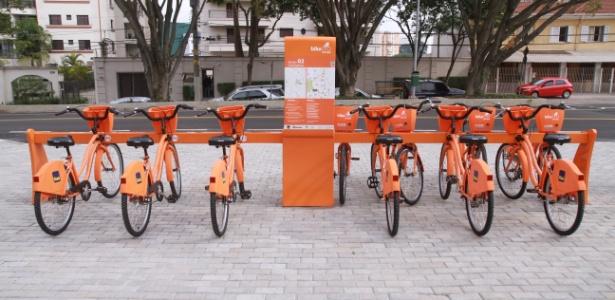 a-estacao-cinemateca-na-vila-mariana-uma-das-primeiras-do-bike-sampa