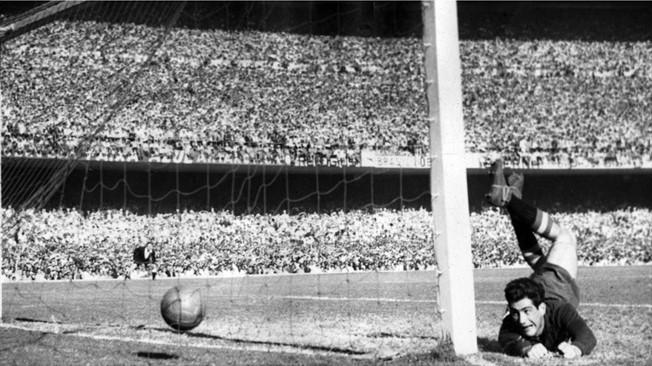 """""""Maracanasso""""- Celeste olímpica cala o Maracanã em 1950"""