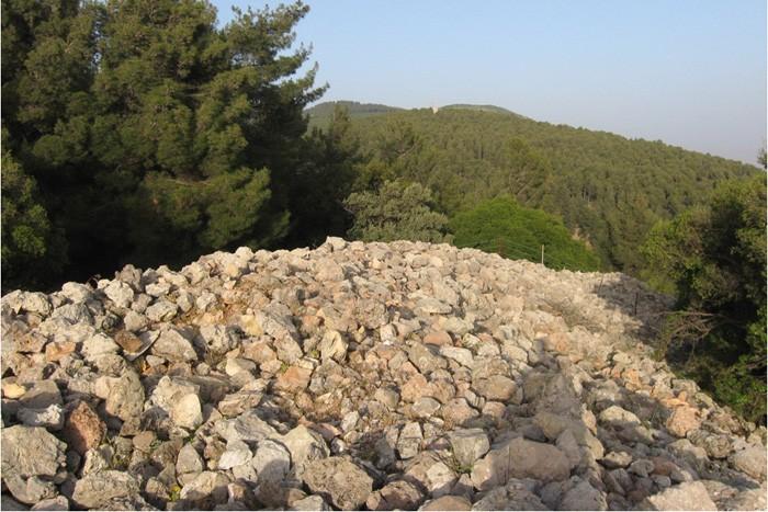 israel-stone-monument-3