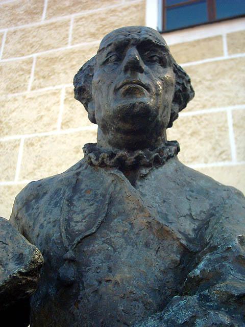 paracelsus estátua