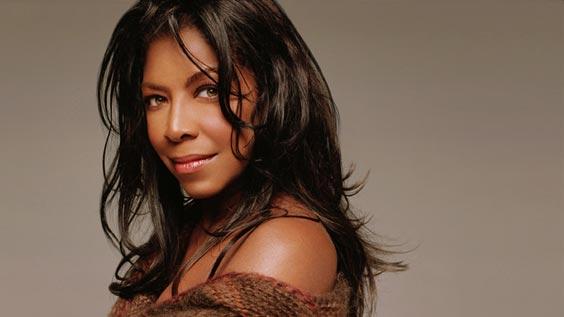Morre-a-cantora-Natalie-Cole-aos-65-anos