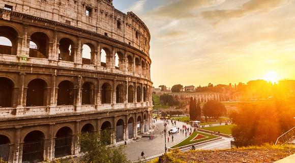 coliseo-roma-italia-s.borisov-shutterstock.com_