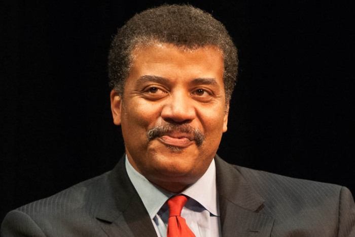 neil_degrasse_tyson_at_howard_university_september_28_2010_cropped_to_shoulders