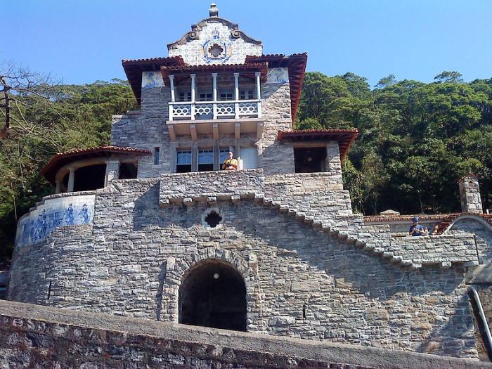 casa-de-pedra