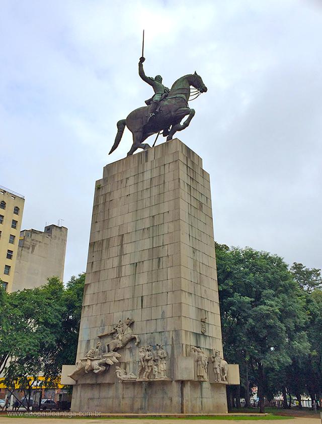 monumentoaoduquedecaxias