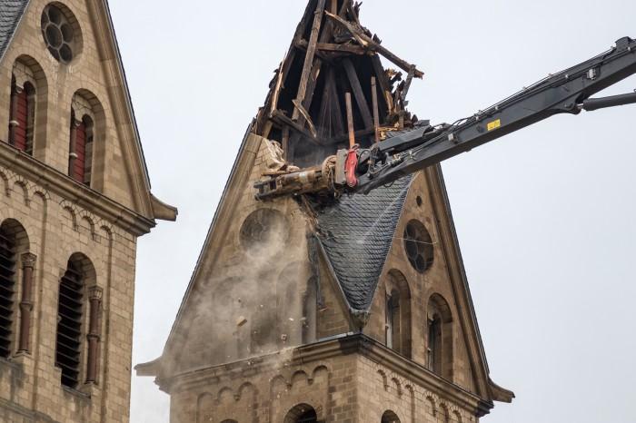 demolicao-igreja-de-sao-lamberto
