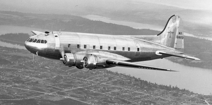 Boeing-307-Stratoliner-960x475