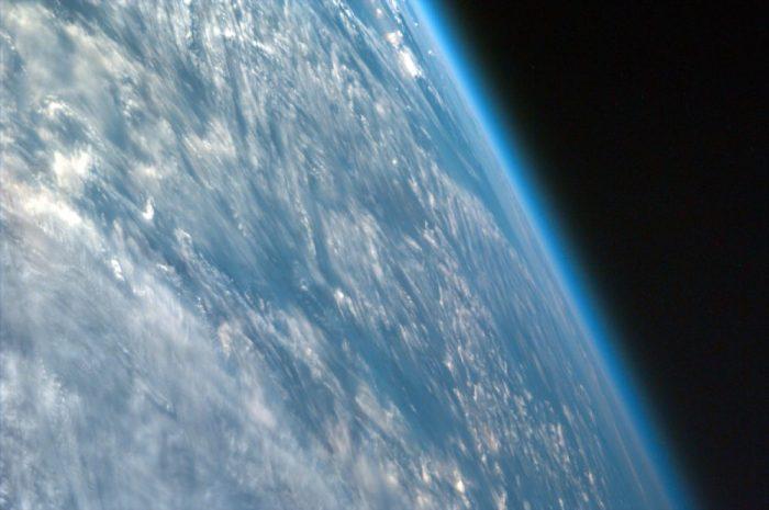 atmosfera-1000x665